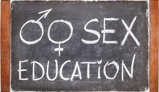 """Invitație de participare la cursul de formare de formatori """"Drepturile și sănătatea sexuală și reproductivă ale fetelor și femeilor cu dizabilități"""""""