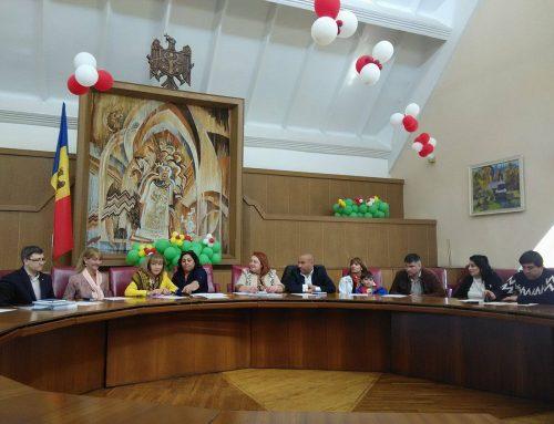 """Lansarea revistei """"Zorale Jiuvlia""""  — o voce pentru femeile rome din RM"""